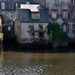 In Landernau Häuser im Wasser des Élorn. @ Klaus W. Schmidt