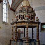 Der 'Taufpavillon' in der Kirche von Lampaul-Guimiliau. @ Klaus W. Schmidt