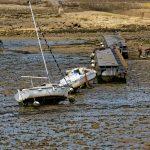 Die Boote legen sich bei Ebbe einfach auf die Seite