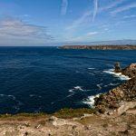 Der Name der 'Baie des Trépassés' ist bezeichnend. Sie soll voll von den toten Seeleuten sein, die sich im Laufe der Jahrhunderte am Meeresgrund ein Stelldichein gegeben haben
