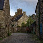 Die Straßen von Locronan vermitteln den Eindruck reinsten Mittelalters