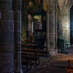 Einmal schräg durch die Kirche Saint-Ronan auf die Kanzel und an der Kanzel vorbei geschaut