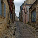 Wie üblich sind außerhalb der Touristensaison auch in Quimper die Nebensträßchen recht einsam