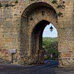 Die Porte des Tours von innen