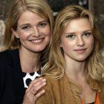 Mira Bartuschek (links) mit Sinje Irslinger