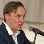 MiQua-Architekt Prof. Wolfgang Lorch während seines äußerst engagierten Vortrags